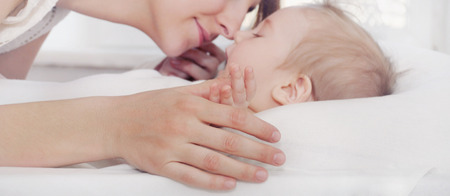 Photo pour mother and her newborn baby, maternity concept, soft image of beautiful family - image libre de droit