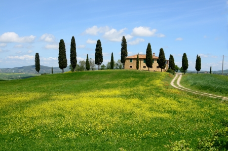 Photo pour One of the most beautiful country landscape in Tuscany - image libre de droit