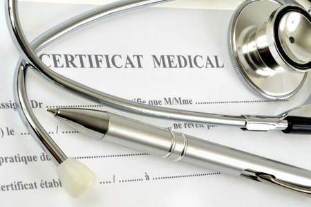 Photo pour The medical certificate - image libre de droit