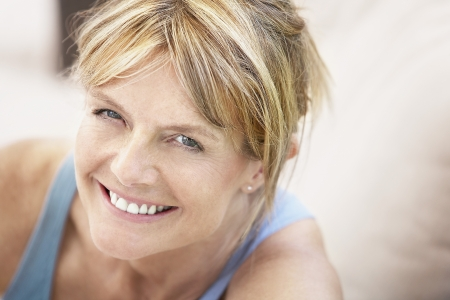 Foto per Smiling Older Woman - Immagine Royalty Free