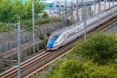 Photo pour The E7 Series Shinkansen bullet train network of high-speed railway lines in Japan - image libre de droit