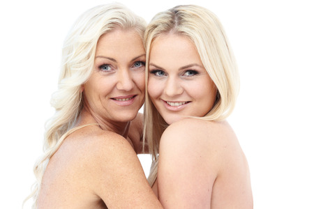 Foto für Happy smiling mother and daughter isolated on white background - Lizenzfreies Bild