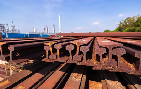 Photo pour metal frame H beam or beam in red orange color at construction site. - image libre de droit