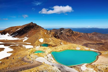 Photo pour Emerald Lakes, Tongariro National Park, New Zealand  - image libre de droit