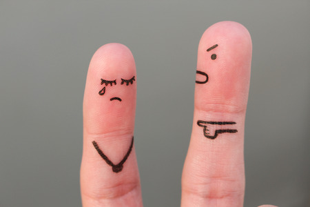 Foto de Fingers art of family during quarrel. Concept of husband shouts on wife - Imagen libre de derechos