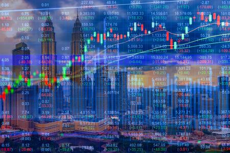 Photo pour Stock market concept with cityscape background - image libre de droit