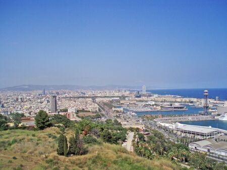 Foto de Panorama of Barcelona, Spain. View of the port and the city. - Imagen libre de derechos