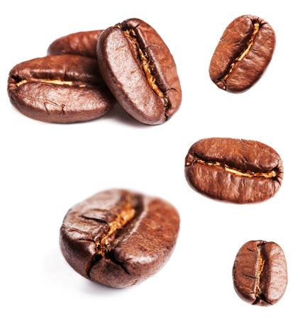 Foto de Collection of Coffee beans isolated on white background, closeup, macro - Imagen libre de derechos