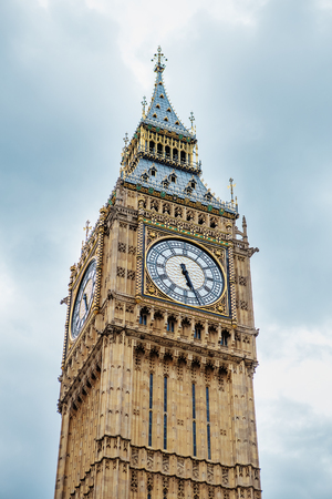 Photo pour Big Ben, London, UK. A view of the popular London landmark, the clock tower Big Ben - image libre de droit