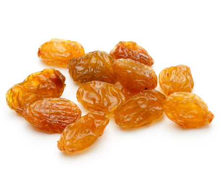 Foto de Yellow sultanas raisins isolated on white background cutout - Imagen libre de derechos