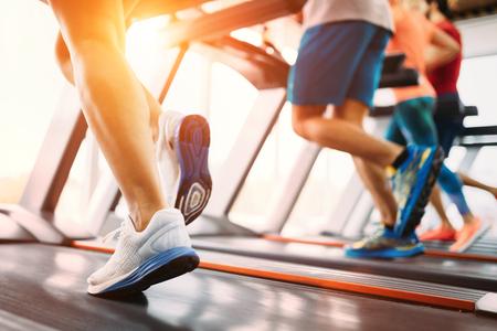 Foto für Picture of people running on treadmill in gym - Lizenzfreies Bild