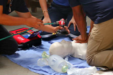 Foto de Rescue and CPR training to first aid and life guard in Thailand. - Imagen libre de derechos
