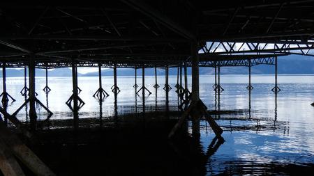 Photo pour Lake Prespa, in Macedonia, view under the pier, image - image libre de droit