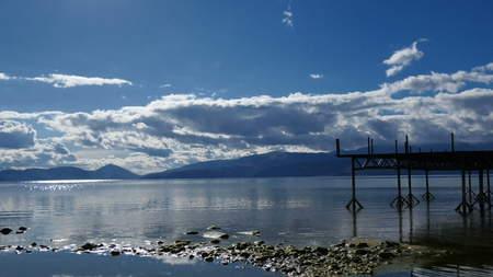 Photo pour lake prespa, macedonia - image libre de droit