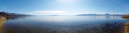 Photo pour lake prespa in north macedonia, image - image libre de droit