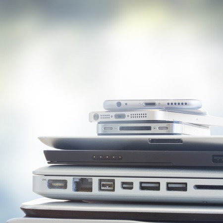 Foto per pile of devices - Immagine Royalty Free