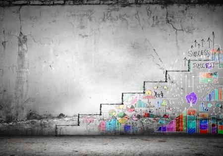 Foto de Background image of ladder of success drawn on wall - Imagen libre de derechos