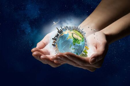 Foto de This world needs care and protection - Imagen libre de derechos