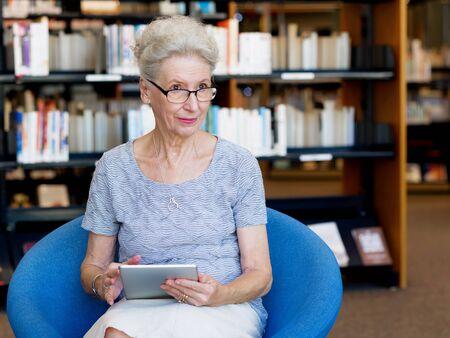 Photo pour Learning new technologies - image libre de droit