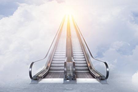 Foto de Double escalator to sunny sky - Imagen libre de derechos