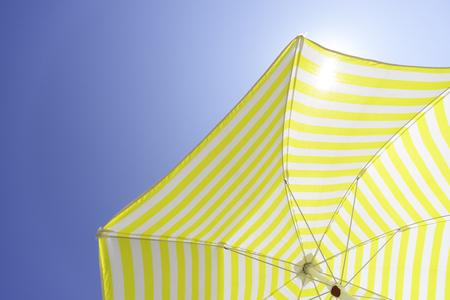 Foto de Umbrella on a sunny day - Imagen libre de derechos