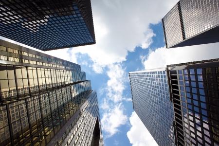 Photo pour Office buildings in Toronto financial district, Ontario, Canada - image libre de droit