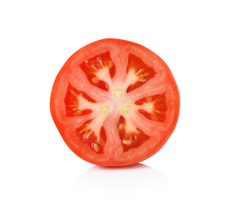 Photo pour Tomato slice isolated on white background - image libre de droit