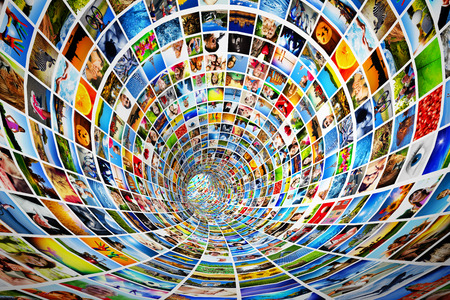 Foto de Tunnel of media, images, photographs  Tv, multimedia broadcast, streaming  All photos are mine  Concepts of television, adverstising, internet, entertainment  - Imagen libre de derechos