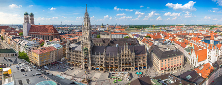 Foto de Munich city skyline panorama, Germany - Imagen libre de derechos