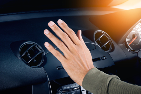 Photo pour checking the air from air ventilation in the car - image libre de droit
