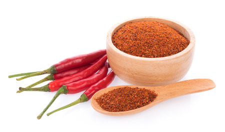 Photo pour Pile of red paprika powder isolated on white background - image libre de droit