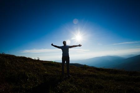 Foto de The man enjoying freedom - Imagen libre de derechos