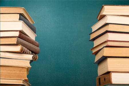 Photo pour Book, Stack, Heap. - image libre de droit