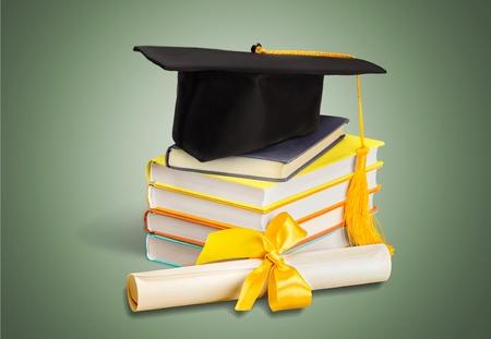 Photo pour Graduation, Mortar Board, Diploma. - image libre de droit