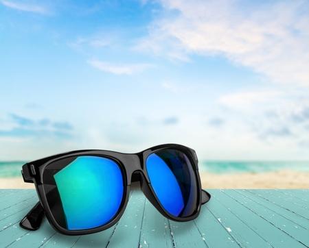Photo pour Sunglasses. - image libre de droit