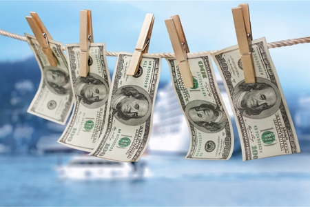 Photo pour Money laundering. - image libre de droit