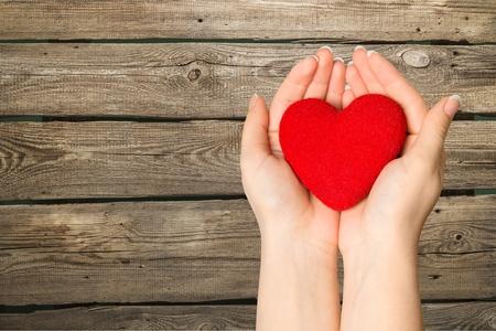 Foto de Heart in hand. - Imagen libre de derechos