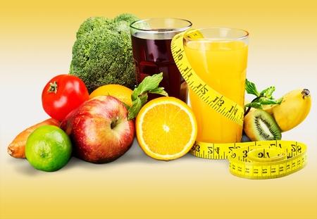 Photo pour Diet and nutrition. Fresh fruits, vegetables and juice - image libre de droit