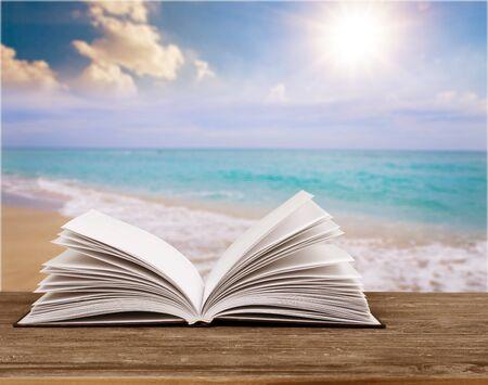 Foto de Book on the beach - Imagen libre de derechos