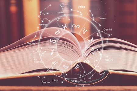 Foto de astrology horoscope magic book illustration - Imagen libre de derechos
