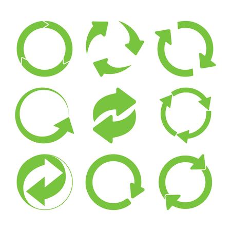 Ilustración de Green round recycle sings set. Vector illustration - Imagen libre de derechos
