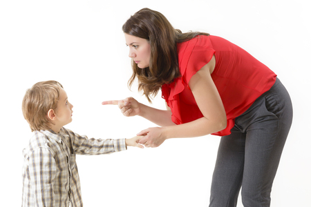 Foto de Mother disciplining her child - Imagen libre de derechos