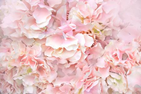 Photo pour Close up Pink Artificial Flowers soft light abstract background - image libre de droit