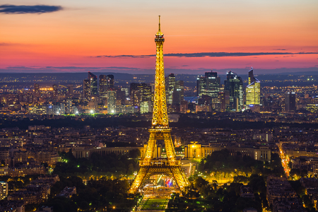 Photo pour Paris, France - May 14, 2014: Panorama view of the Eiffel Tower at night. It was named after the engineer Alexandre Gustave Eiffel. - image libre de droit