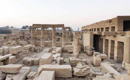 Photo pour view of the Karnak temple In luxor upper egypt - image libre de droit