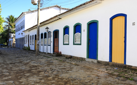 Photo pour beautiful portuguese colonial typical town of parati in rio de janeiro state brazil - image libre de droit