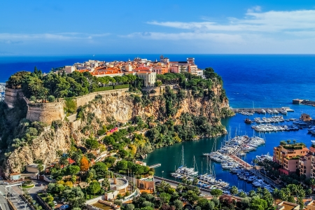 Photo pour the rock the city of principaute of monaco and monte carlo in the south of France - image libre de droit