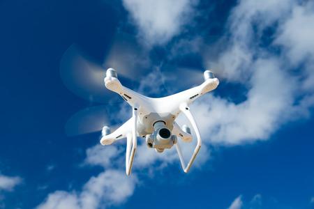 Foto de Drone fly in the blue sky - Imagen libre de derechos
