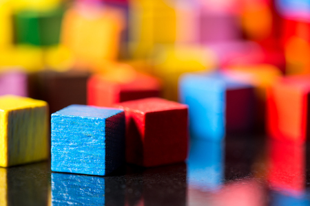 Photo pour closeup, lots of colorful toy blocks with reflections - image libre de droit