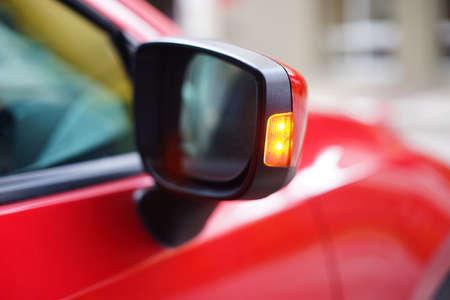 Photo pour side mirror with turning light - image libre de droit
